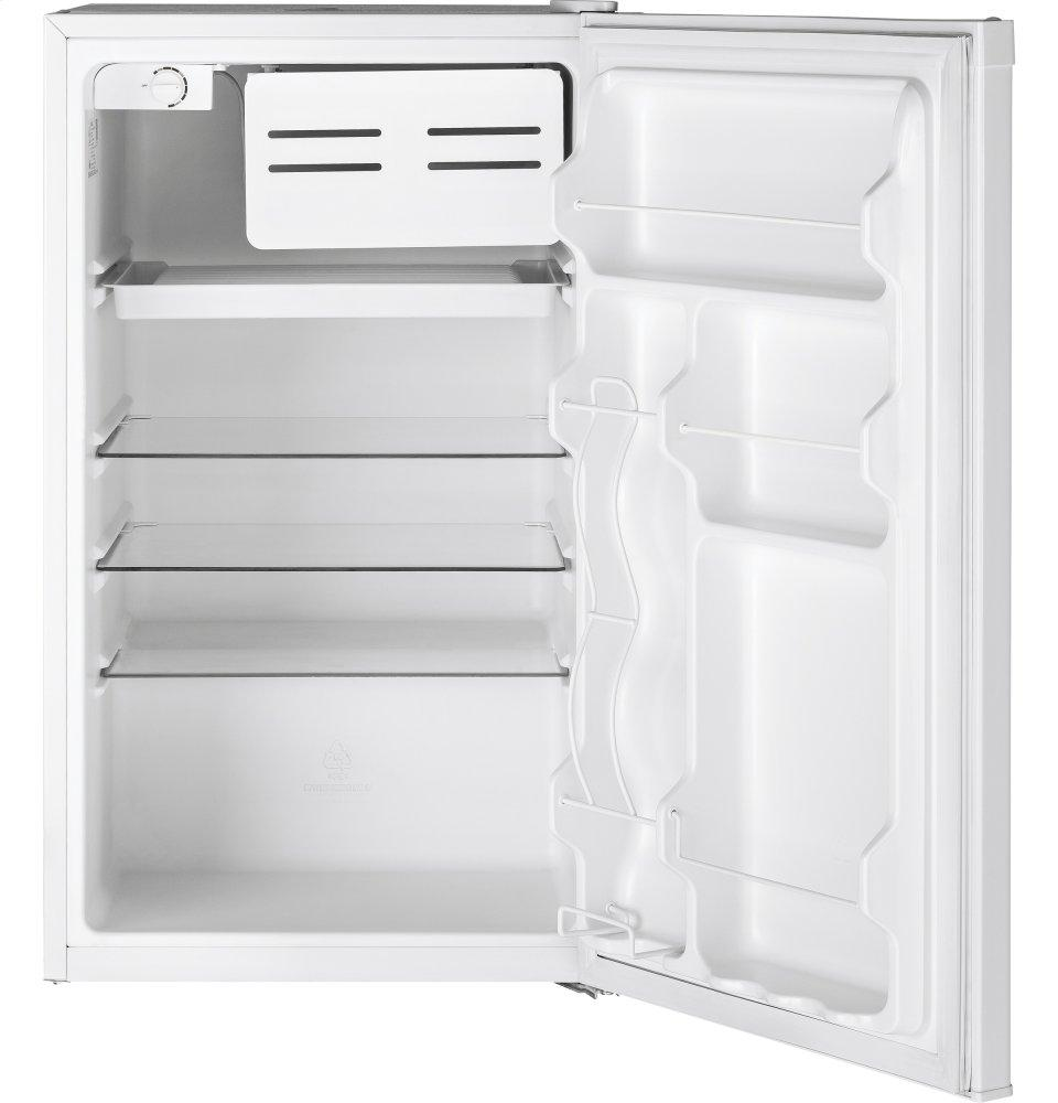 GE(R) Compact Refrigerator