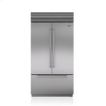 Sub ZeroSub Zero 42&quot Classic French Door Refrigerator/Freezer with Internal Dispenser