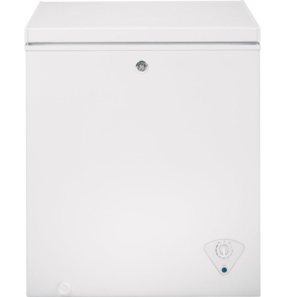 GE(R) 5.0 Cu. Ft. Manual Defrost Chest Freezer