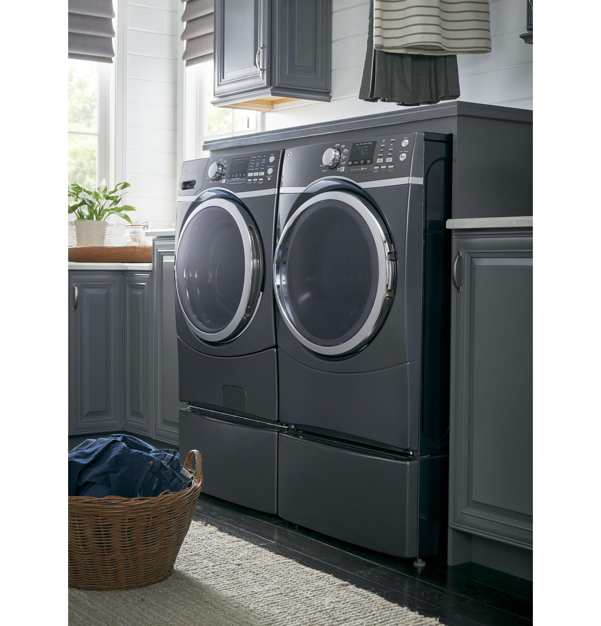 GE(R) ENERGY STAR(R) 4.5 DOE Cu. Ft. Capacity Frontload Washer with steam