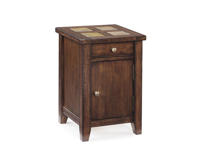 T181033 In By Magnussen Home In Macon Ga Square Accent Table