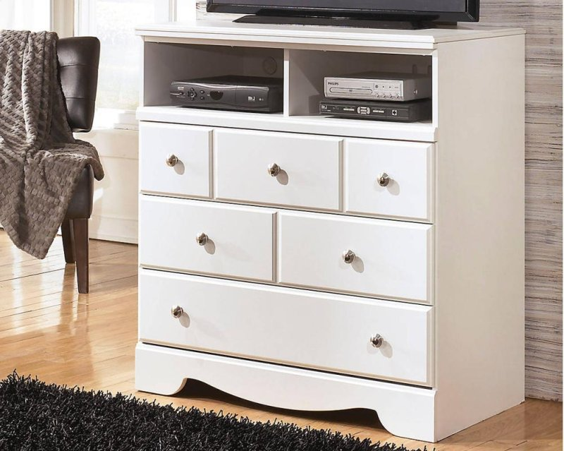 b27039 in by ashley furniture in leesville la media chest