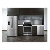 27 cu. ft. French Door Refrigerator with Flexible Capacity that Stores More Alternate Image