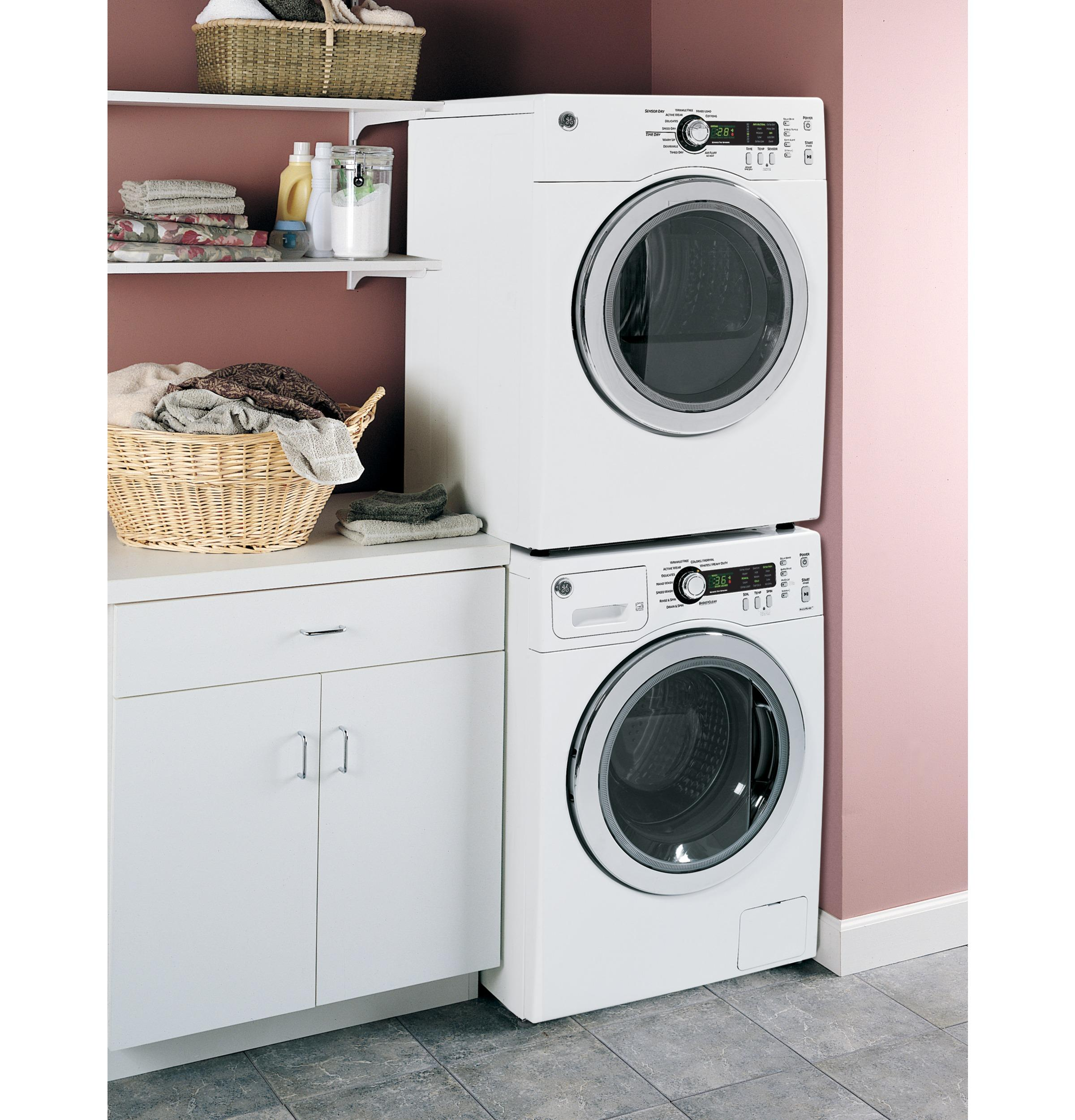GE(R) 2.2 DOE Cu. Ft. Frontload Washer