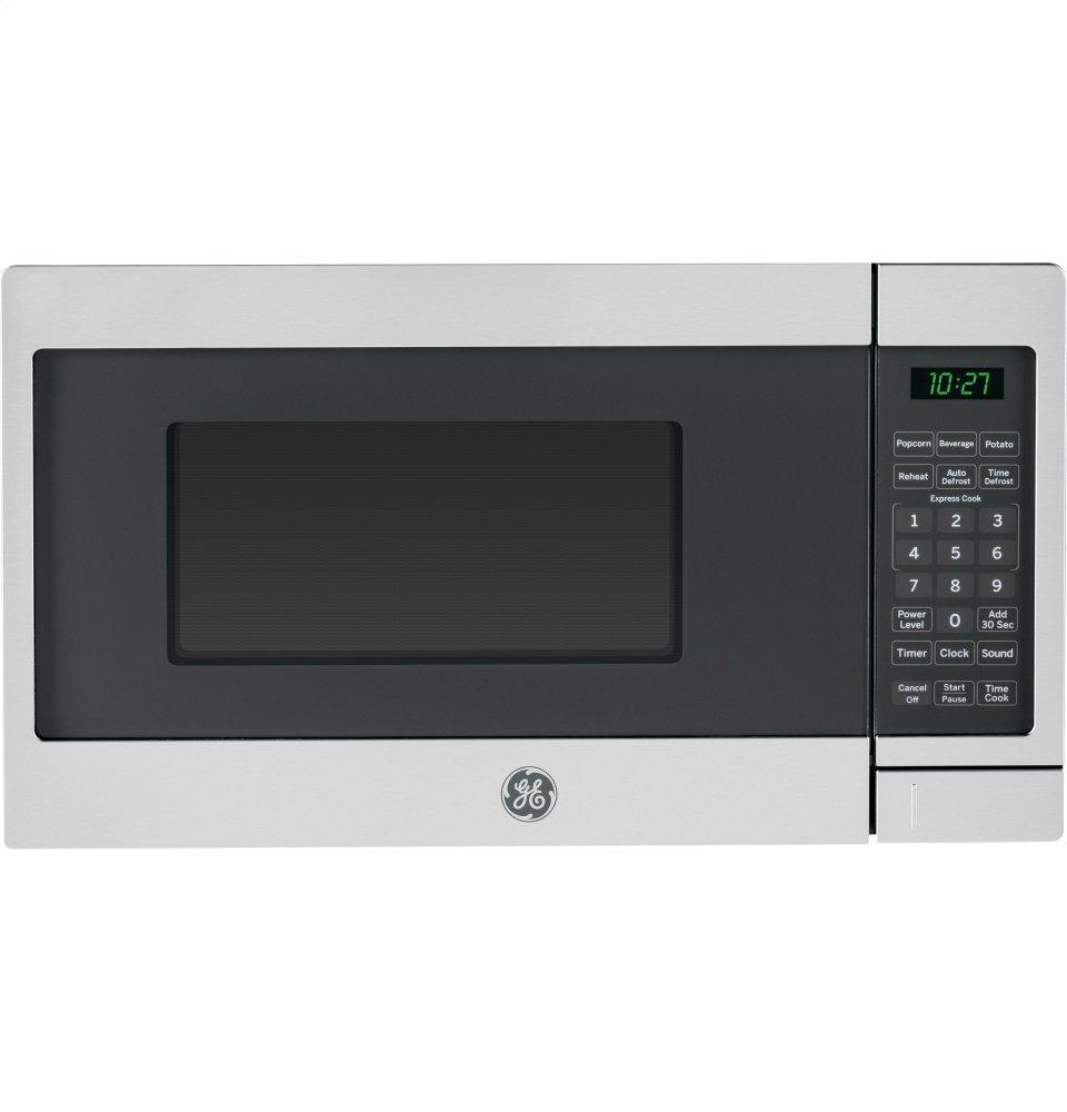 GE(R) 0.7 Cu. Ft. Capacity Countertop Microwave Oven
