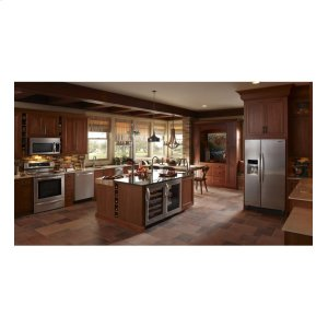 KURG24RWBS&nbspKitchenAid&nbsp5.6 Cu. Ft. 24'' Specialty Refrigerator, Right-Hand Door Swing, Architect(R) Series II - Stainless Steel