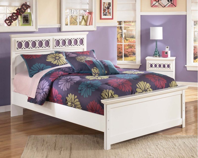 Zayley White 3 Piece Bed Set Full