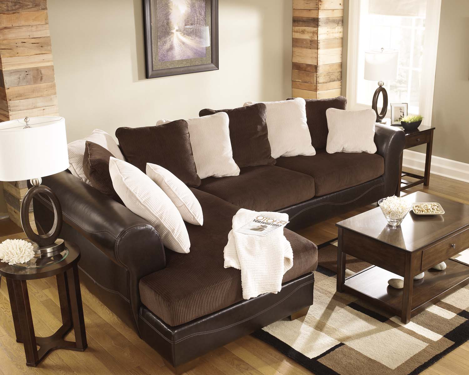 Victory   Chocolate 2 Piece Sectional