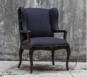 Chione, Armchair