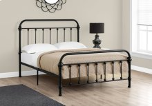 BED - FULL SIZE / BLACK METAL FRAME ONLY