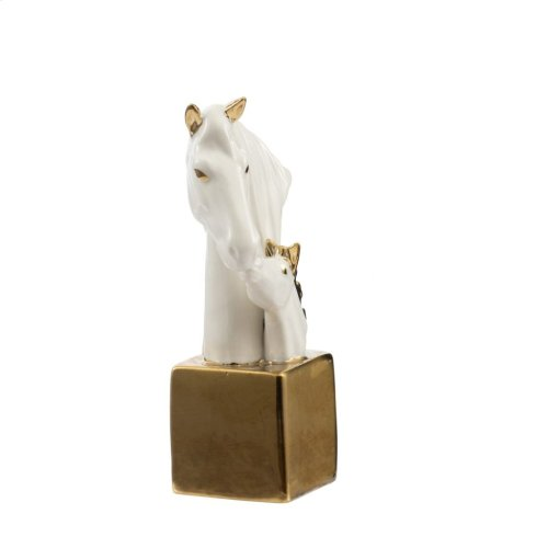Horse Heads On Stand