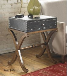 Lok Accent Table