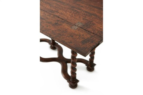 The Hunt Dining Table