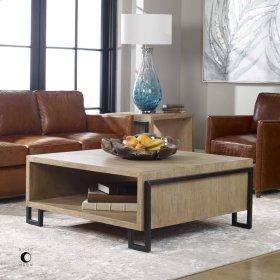 Kailor, Coffee Table