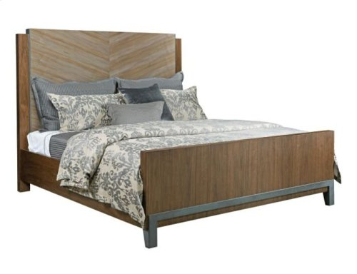 Chevron Maple Queen Bed Package