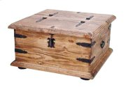 "34"" Square 2 Sided Trunk Product Image"