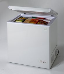 Model CF1526E - 5.2 Cu. Ft. Chest Freezer - White