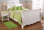 Lauren Full Sleigh Bed Set Product Image