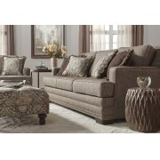 10100 Loveseat Product Image