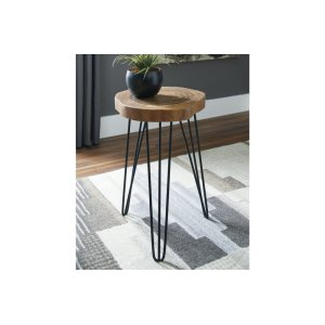 Ashley FurnitureSIGNATURE DESIGN BY ASHLEAccent Table