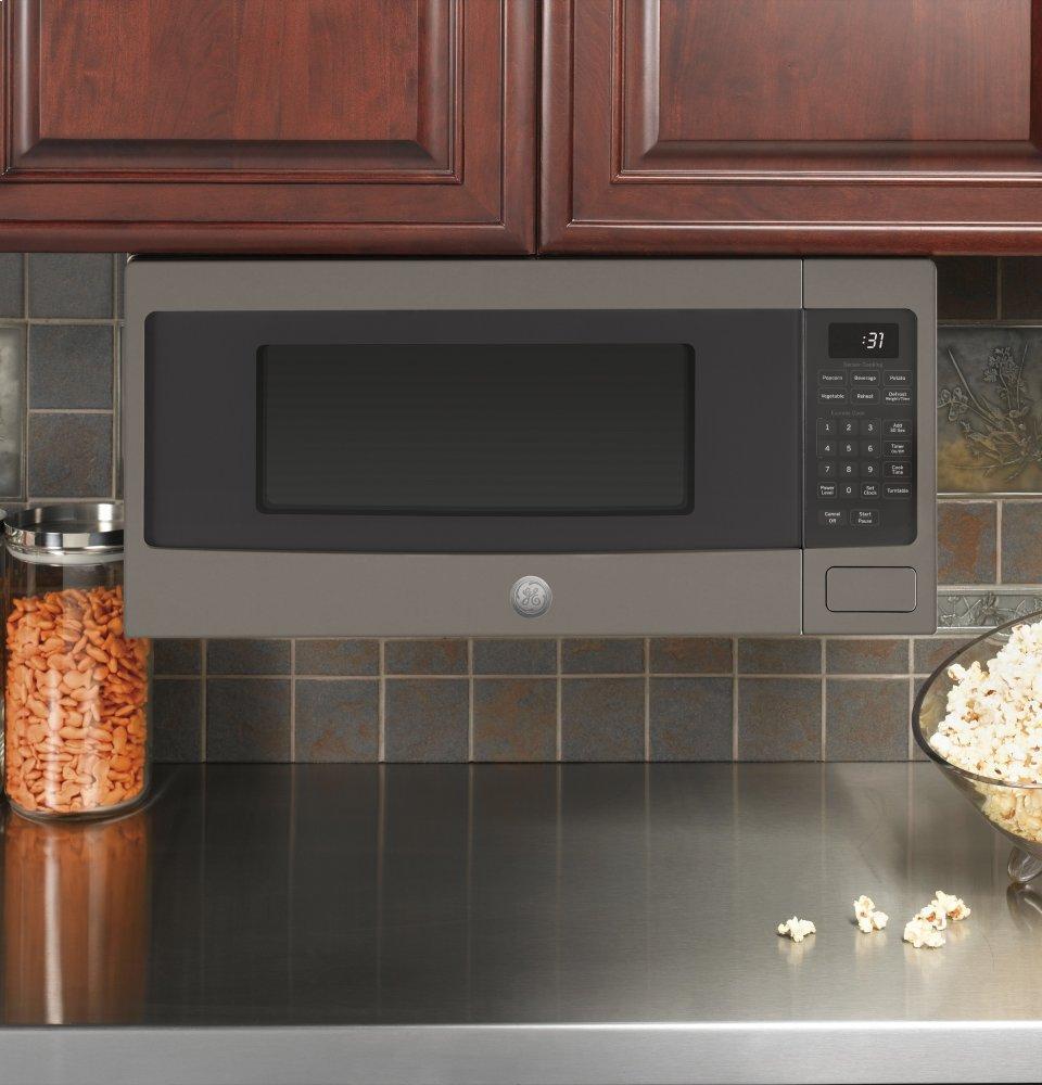Pem31efes Ge Profile 1 1 Cu Ft Countertop Microwave Oven