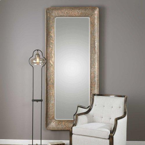 Silas Mirror