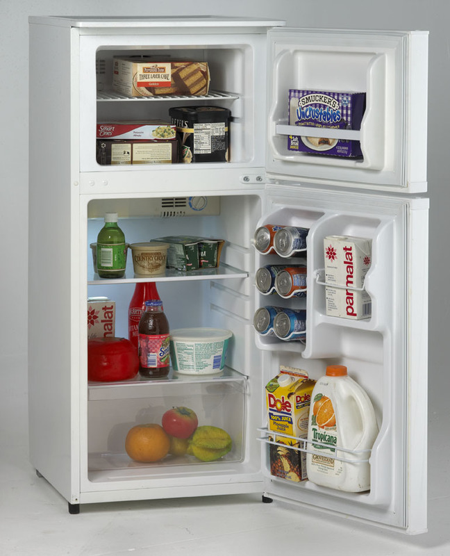 Avanti4.3 Cu. Ft. Frost Free Refrigerator / Freezer