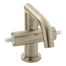Atrio Single-Hole Bathroom Faucet M-Size