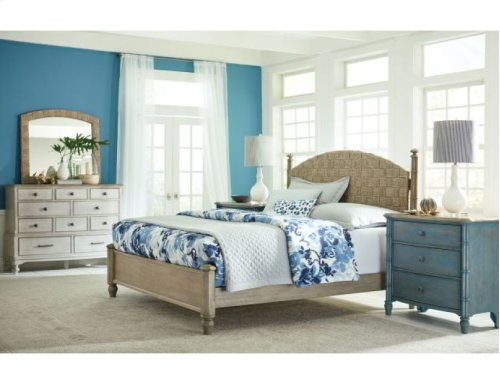 Currituck Low Post King Bed Complete