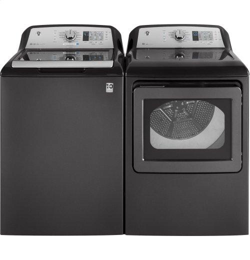 GE® 4.5 DOE cu. ft. stainless steel capacity washer