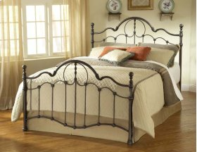 Venetian Queen Bed Set