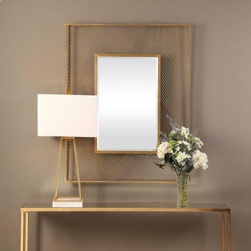 Bavol Mirror