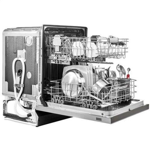 KitchenAid® 46 DBA Dishwasher with ProWash™ Cycle and PrintShield™ Finish, Front Control - Premium Stainless Steel