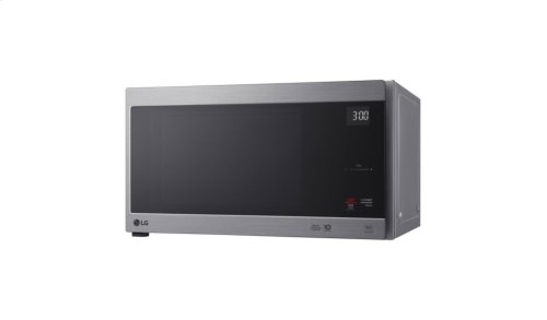 1.5 cu. ft. NeoChef Countertop Microwave with Smart Inverter and EasyClean®
