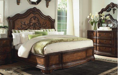 Pemberleigh Panel Bed CA King