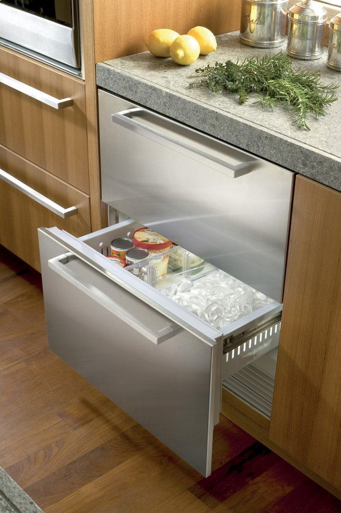 Subzero 30 Freezer Drawers With Ice Maker Panel Ready