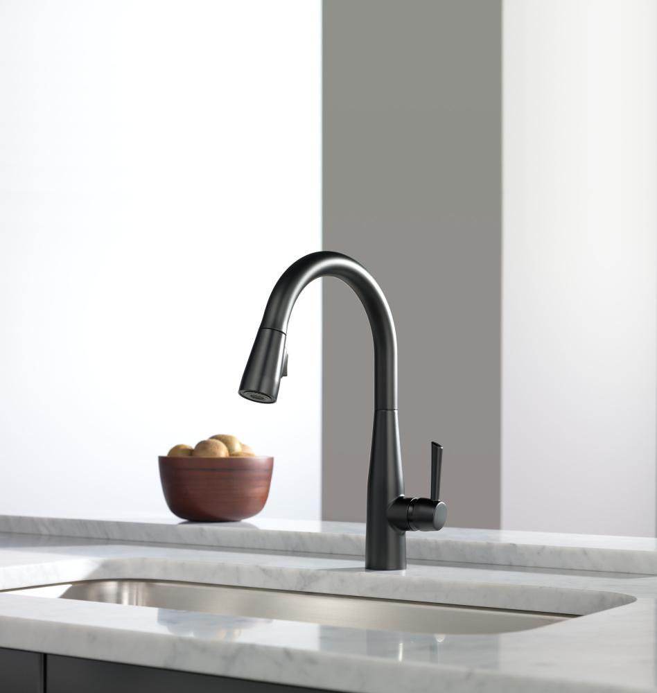Matte Black Single Handle Pull Down Kitchen Faucet