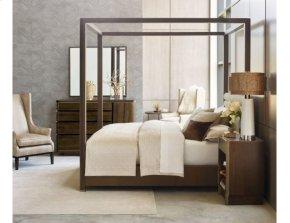 Freemont Queen Canopy Bed 5/0 Complete