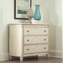 Huntleigh - Bachelor Chest - Vintage White Finish