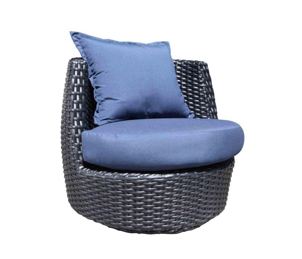 Zen Outdoor Lounge Chairs