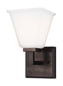 One Light Wall / Bath Sconce
