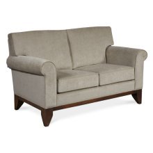 Fairborn Loveseat