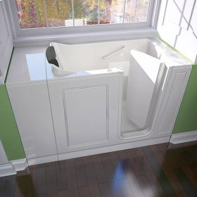 Luxury Series 28x48-inch Walk-in Whirlpool Tub  Right Drain  American Standard - White