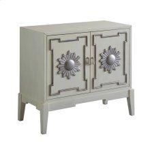 Mae Cabinet