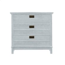 Resort Cape Comber Bachelor's Chest in Sea Salt