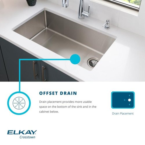 "Elkay Crosstown Stainless Steel 35-7/8"" x 20-1/4"" x 9"", Equal Double Bowl Farmhouse Sink Kit with Aqua Divide"