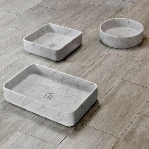 Contour Collection Honed Carrara Marble / Rectangular