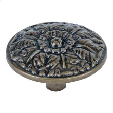 Hammered Medallion Knob 1 1/2 Inch - Burnished Bronze