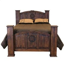 """Queen : 67"""" x 59"""" x 95"""" Medio Mansion with Star Bed"""