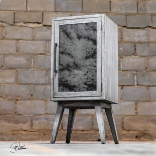 Iberia, Wine Cabinet